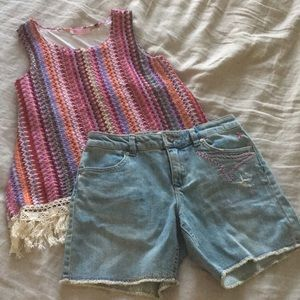 Roxy denim shorts and boho woven tank top